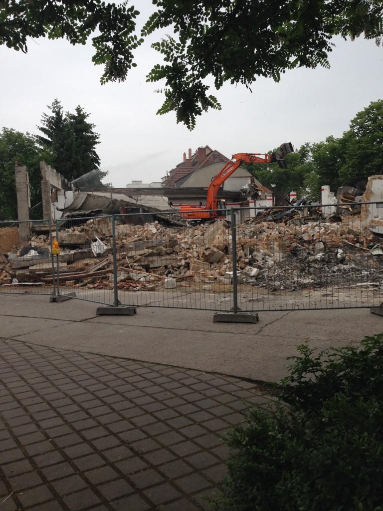 2016-05 Abriss Kaufhalle Falkensee wendelmuth
